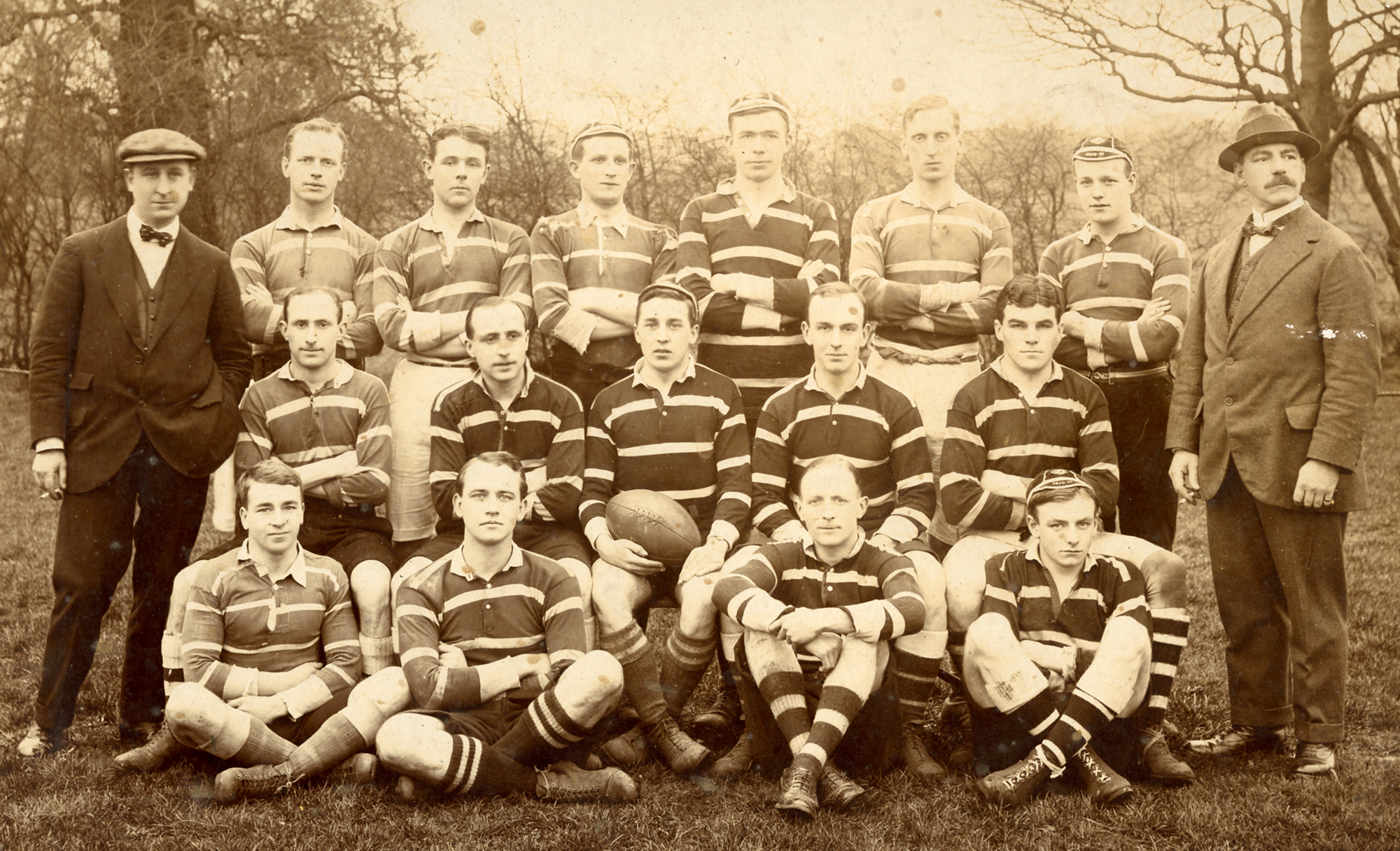 OLD-CHARLTONIANS-1910